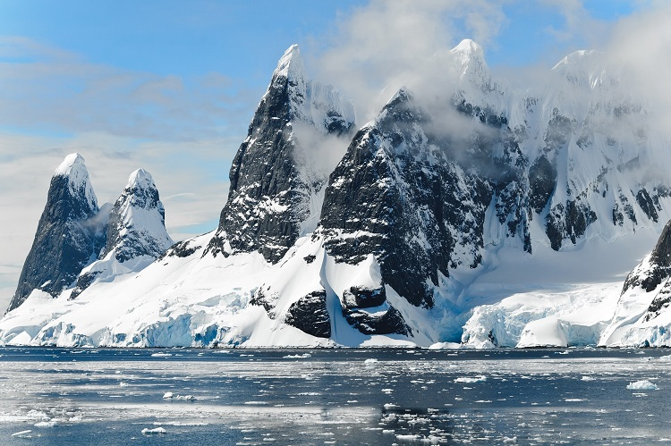 Antarctica-Vacation-Packages-1